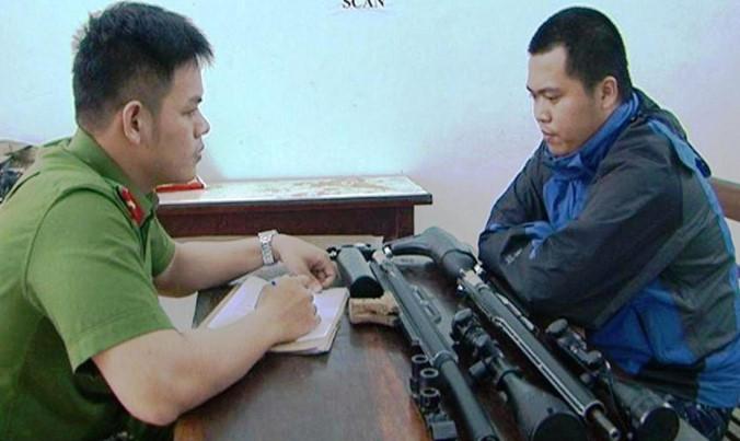 Phát hiện đối tượng mua bán súng tự chế qua Facebook