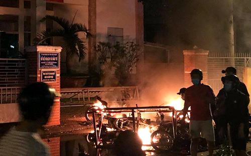 Đã có 102 người đập phá trụ sở UBND tỉnh Bình Thuận bị bắt