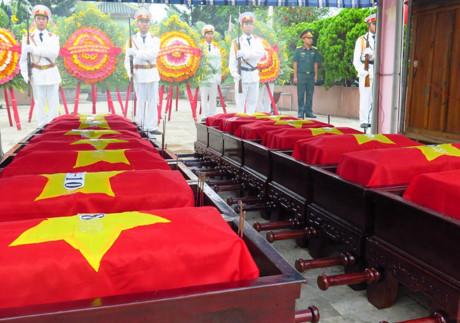 Tổ chức lễ an táng hài cốt quân tình nguyện Việt Nam hy sinh tại Lào và Campuchia