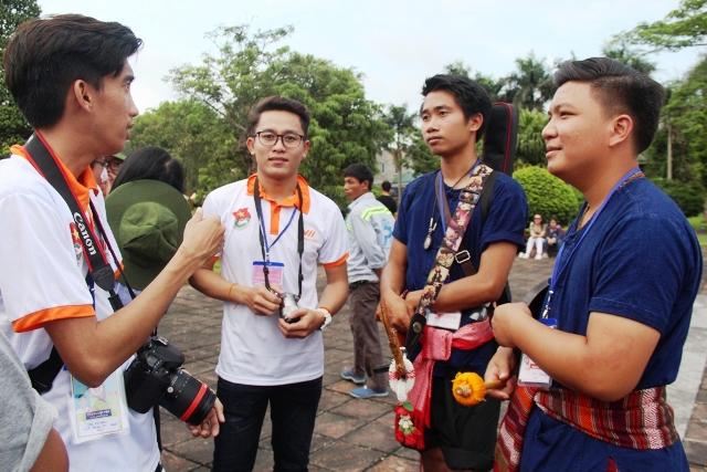 120 tình nguyện viên phục vụ Festival Nghề truyền thống Huế