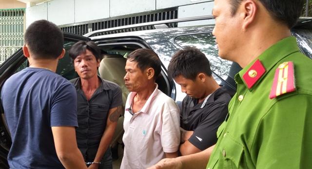Thực nghiệm hiện trường nhóm đối tượng đuổi đánh 1 thanh niên tử vong ở Hộ Thành Hào