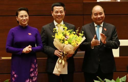 Ông Nguyễn Mạnh Hùng được phê chuẩn Bộ trưởng Thông tin Truyền thông