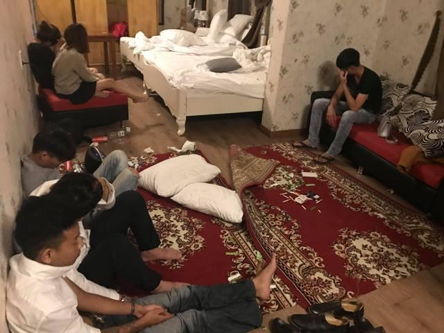 Phát hiện 18 thanh niên đang tàng trữ, sử dụng ma túy