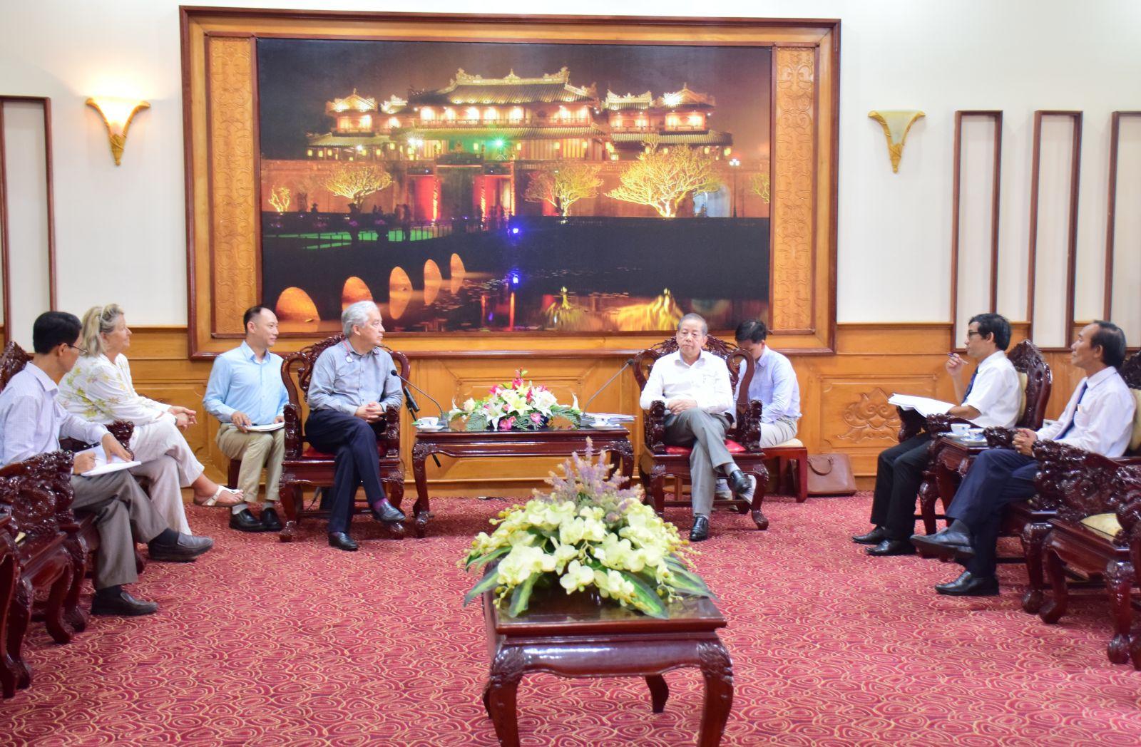 Chủ tịch UBND tỉnh Phan Ngọc Thọ tiếp Chủ tịch Hiệp hội Eurasia
