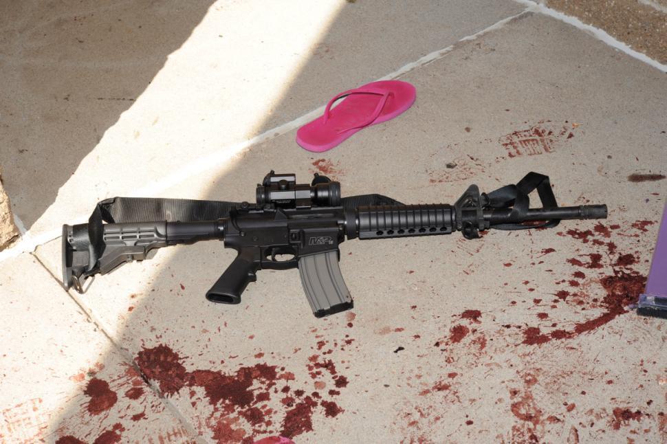 Xả súng tại toà soạn báo Mỹ, 5 người chết