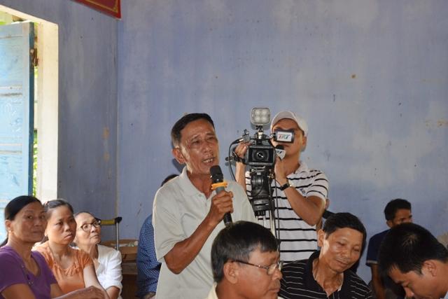 Diễn biến vụ đóng cọc tre trên sông Bồ: Giám đốc Công ty Tuấn Hải lại vắng mặt tại buổi đối thoại với người dân Lại Bằng