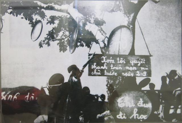 """Mở cửa trưng bày """"Huế những ngày tháng Tám lịch sử năm 1945"""""""