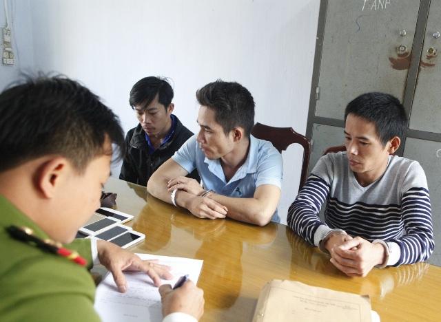 Dùng xe ô tô thuê đi trộm, 3 đối tượng ở Quảng Nam bị bắt