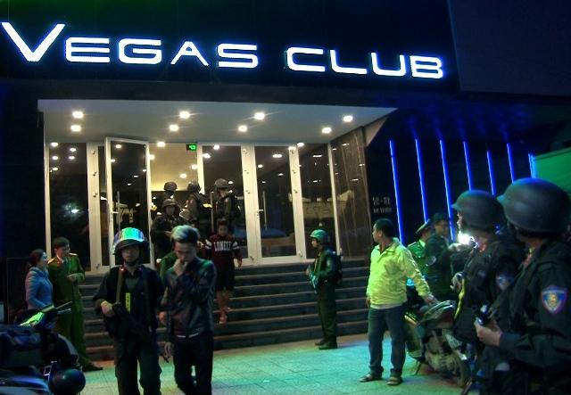 Tịch thu nhiều hàng hoá nhập lậu và phạt tiền 103 triệu đồng đối với chủ cơ sở Vegas Club