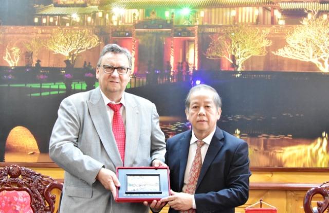 Chủ tịch UBND tỉnh Phan Ngọc Thọ tiếp Đại sứ Phần Lan tại Việt Nam