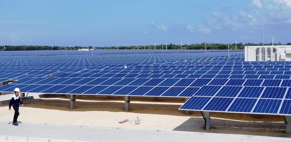 Ngắm cận cảnh Nhà máy Điện mặt trời TTC Phong Điền