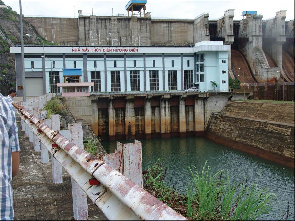 Bảo đảm an toàn hồ đập trong mùa mưa lũ: Cần xây dựng phương án ứng phó khẩn cấp