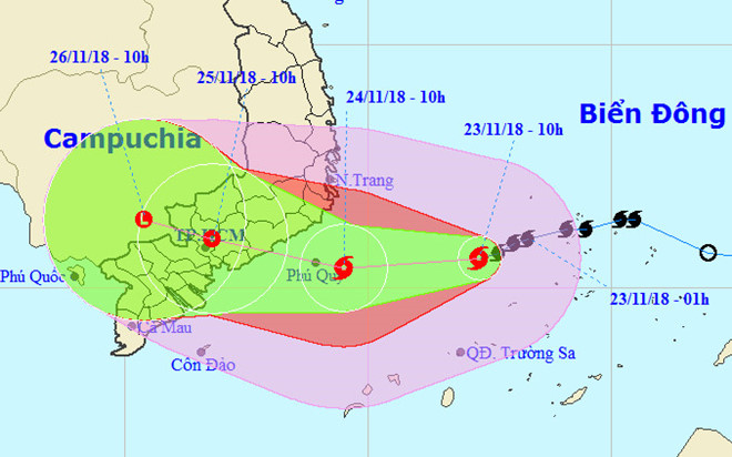 Nhiều chuyến bay hủy chuyển, đổi giờ do ảnh hưởng bão số 9