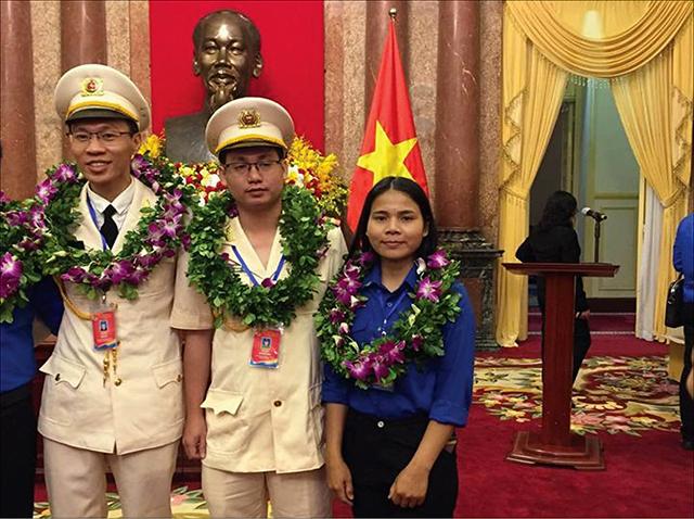 Cô gái Tà Ôi đoạt giải thưởng Lý Tự Trọng