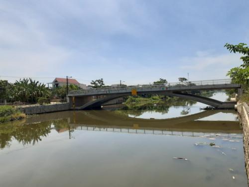 Thừa Thiên Huế: Xây cầu 32 tỷ đồng nhưng không thể sử dụng