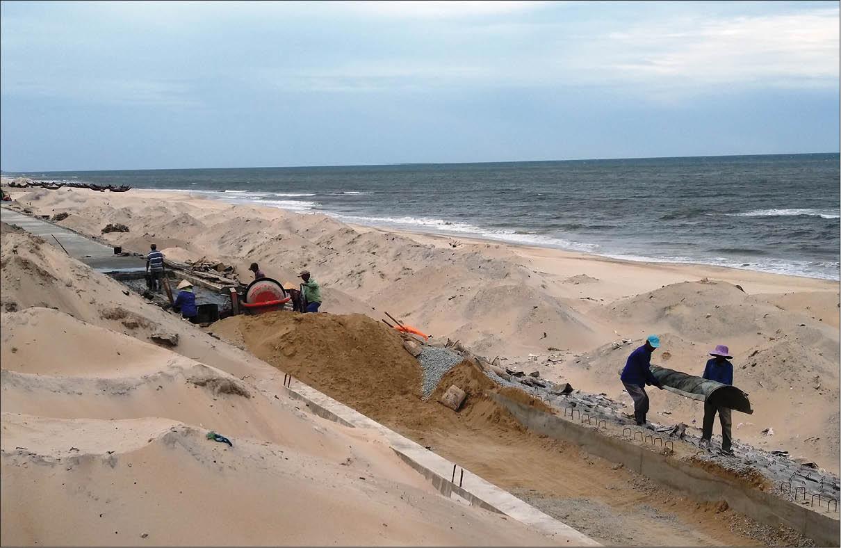 Kè biển Quảng Công kịp hoàn thành trước mùa bão, lũ