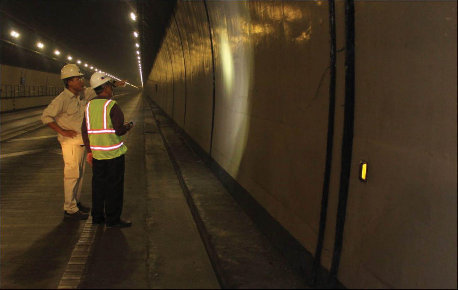Không có chuyện thi công gây nứt hầm đường bộ Hải Vân