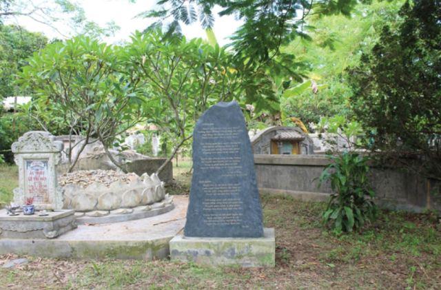 Nghĩa trang cụ Phan cần được bảo vệ và tôn tạo