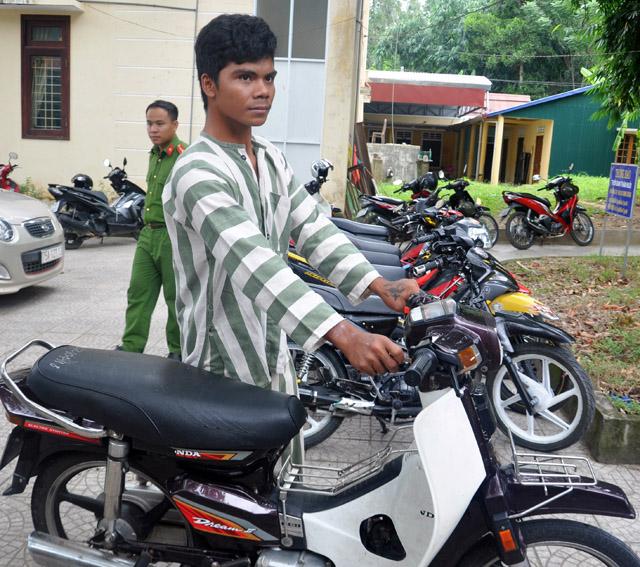 Triệt phá liên tiếp hai vụ trộm cắp xe máy
