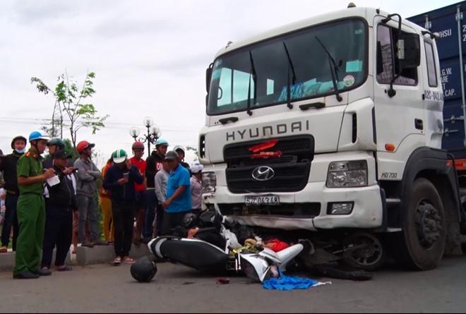 Tài xế gây tai nạn nghiêm trọng: Đề xuất thu hồi bằng lái, cấm hành nghề lái xe