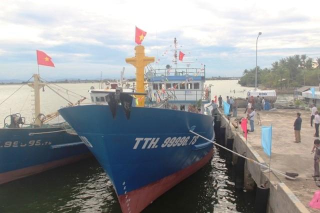 Thêm hơn 14 tỉ đồng hỗ trợ tàu cá tham gia hoạt động thủy sản trên các vùng biển xa