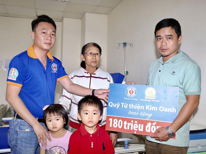 180 triệu đồng giúp bệnh nhân nghèo tại Huế