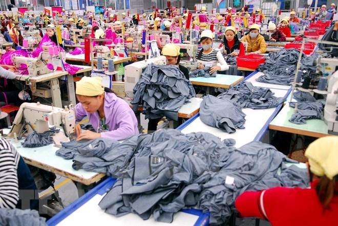 ADB dự báo tăng trưởng kinh tế Việt Nam ở mức 6,9% trong năm 2018