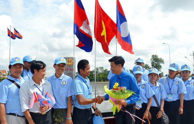 Việt Nam – Campuchia: Nhìn lại quá khứ để hướng tới tương lai