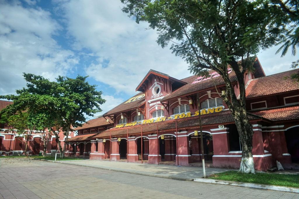 Chùm ảnh: Khám phá trường nữ sinh Đồng Khánh trứ danh xứ Huế