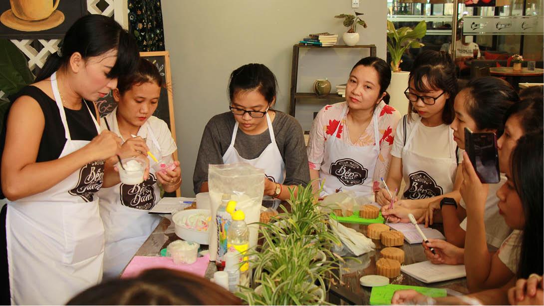 """Bánh trung thu """"made in Huế"""""""