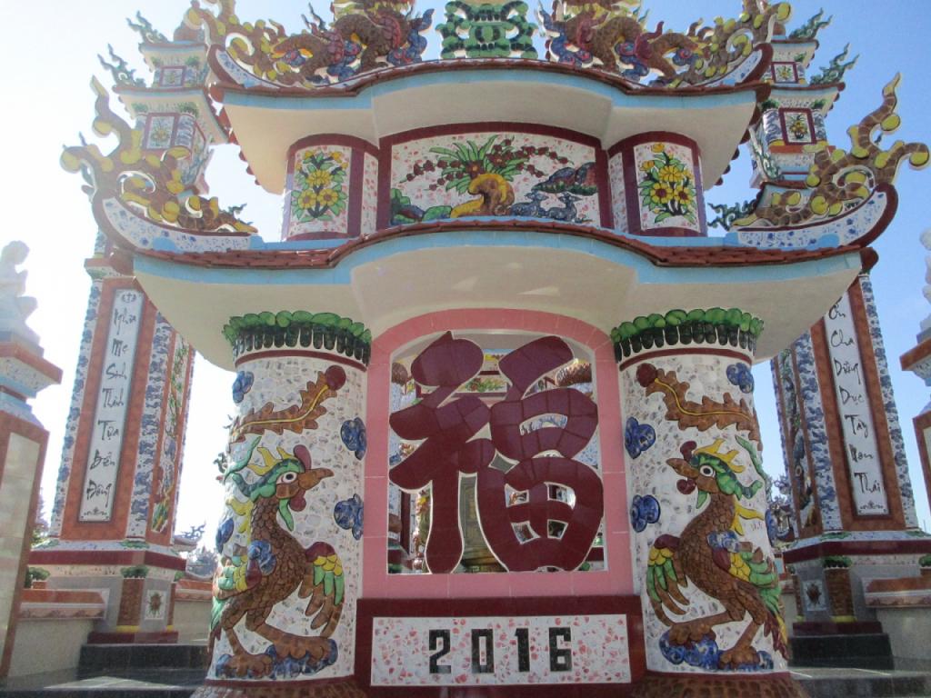 Nghề độc lạ ở xứ Huế