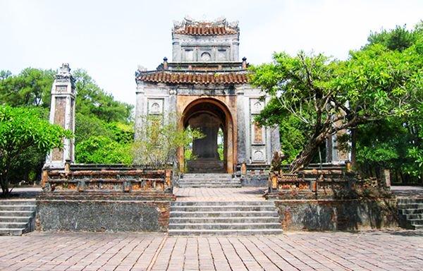 Nhiều thông tin quý xuất lộ sau khảo cổ di tích lăng vua Đồng Khánh