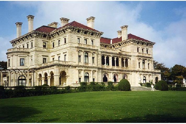 Thăm lâu đài của dòng họ giàu nhất nước Mỹ