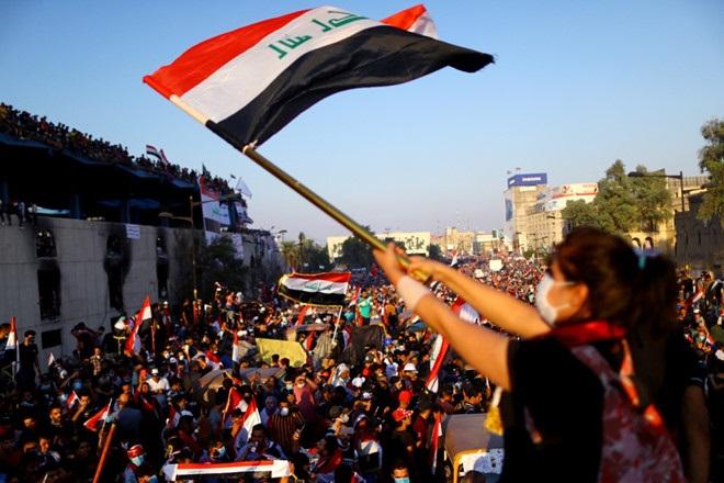 BIỂU TÌNH ĐẪM MÁU CHƯA TỪNG CÓ Ở IRAQ: VÌ SAO SAU 17 NĂM, NHIỀU NGƯỜI VẪN NHỚ TIẾC THỜI SADDAM HUSSEIN?