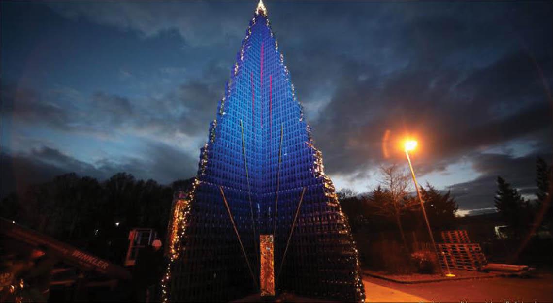Đức xác lập kỷ lục cây thông Noel cao nhất thế giới