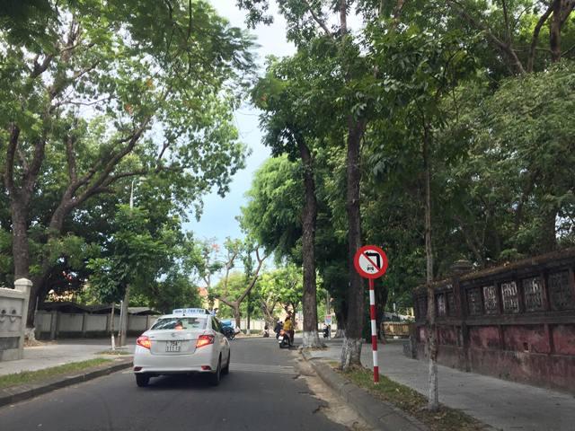 Thừa Thiên Huế vận động tháo dỡ hàng rào trên phố bảo tàng