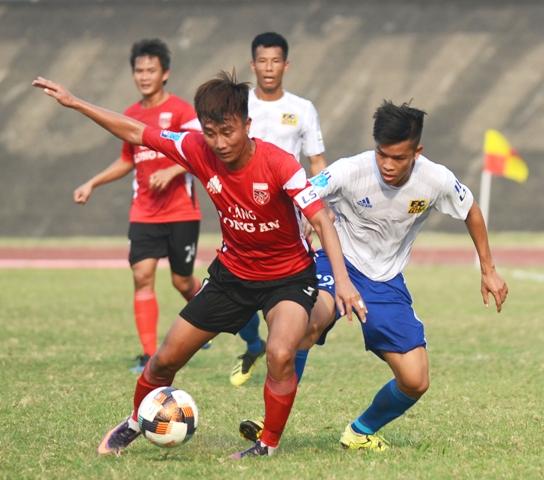 CLB bóng đá Huế dội mưa gôn vào lưới Long An
